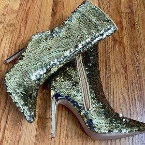 Shoes - Glam gold sequin mid calf booties/ heels ❤️